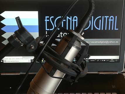 microfono_escenadigdital_locutores1b21232121c961be.jpg